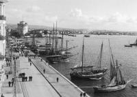 Η κίνηση στην Λεωφόρο Νίκης στα μέσα της δεκαετίας του 1920